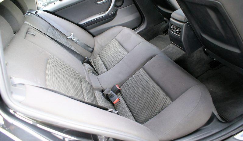 BMW 318 D Touring Navigation cheio