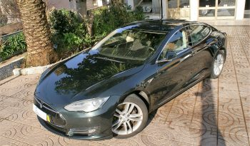 Tesla Model S85 iva dedutivel